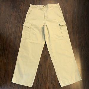 Gap khakis cargo pants size 34X 30 measuring 35.5W